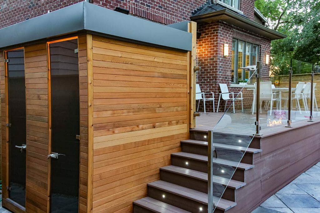 Toronto Decking, Interlocking & Woodworking Project; M.E. Contracting.