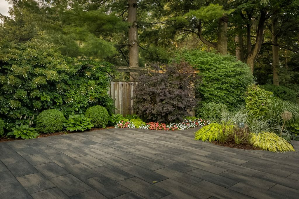Chine Drive, Landscaping Project; Interlocking Feature