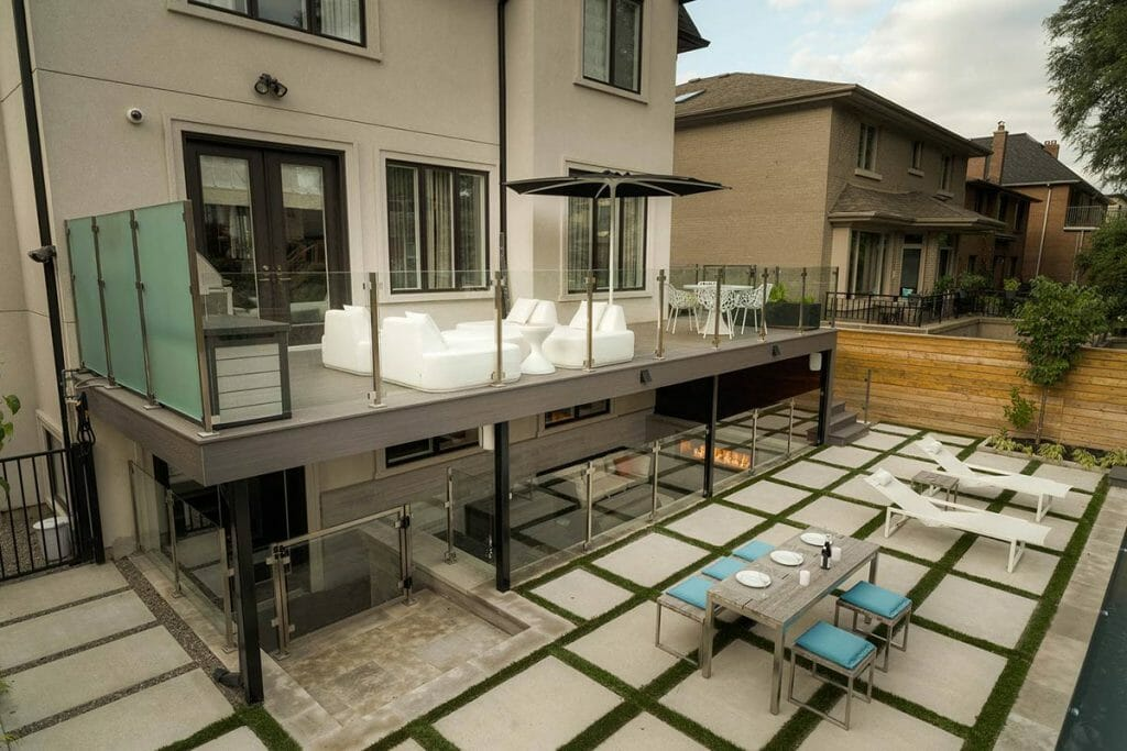 Complete Trex Decking by Toronto Landscaping Company
