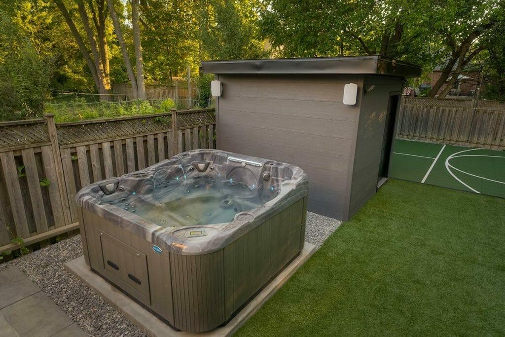 Jucuzzi Tub & Sports Court Feature; Toronto Landscape Design - Ginsler