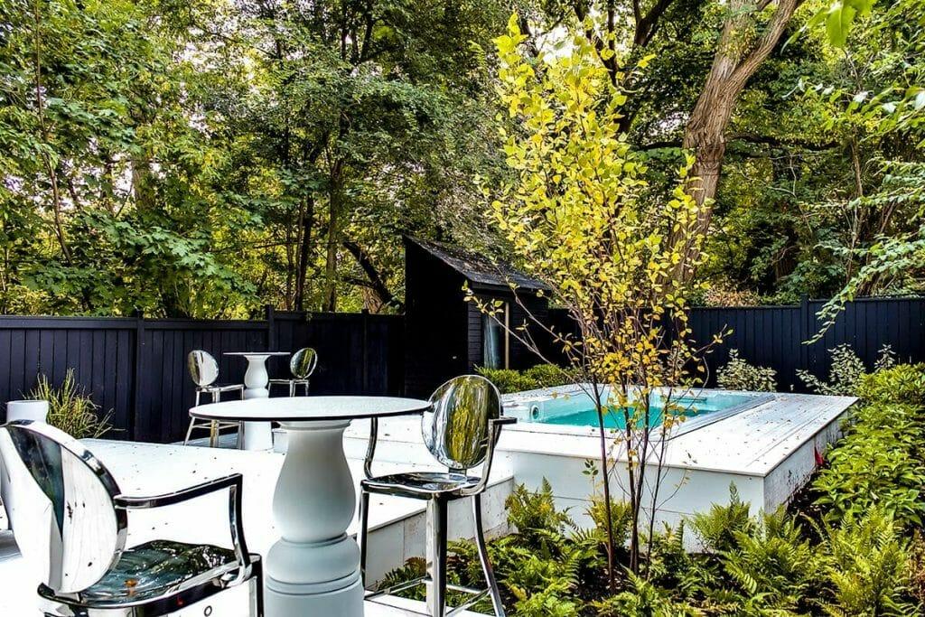 Toronto Backyard Marble Garden Project; M.E. Contracting.