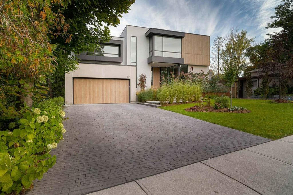 Modern Landscape Design Project; Featuring Interlocking Driveway Paving by Toronto Landscaping Company; M.E. Contracting.
