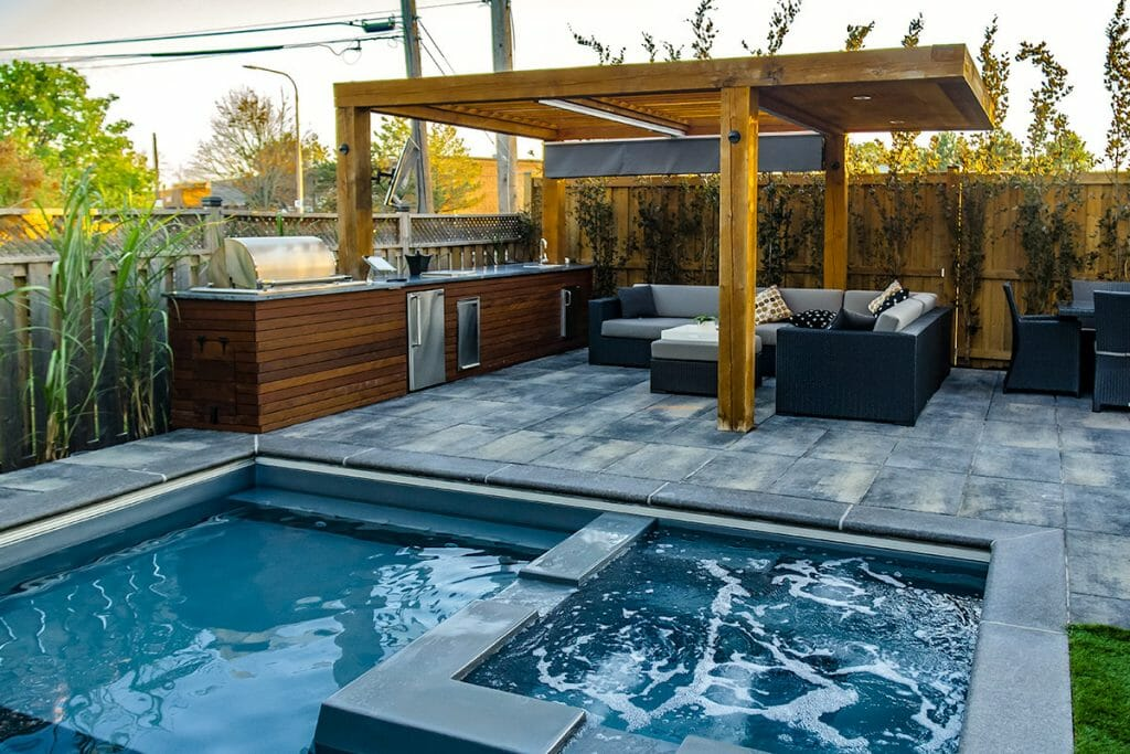 Toronto Backyard Landscape Design Project by Toronto Landscaping Company; M.E. Contracting.