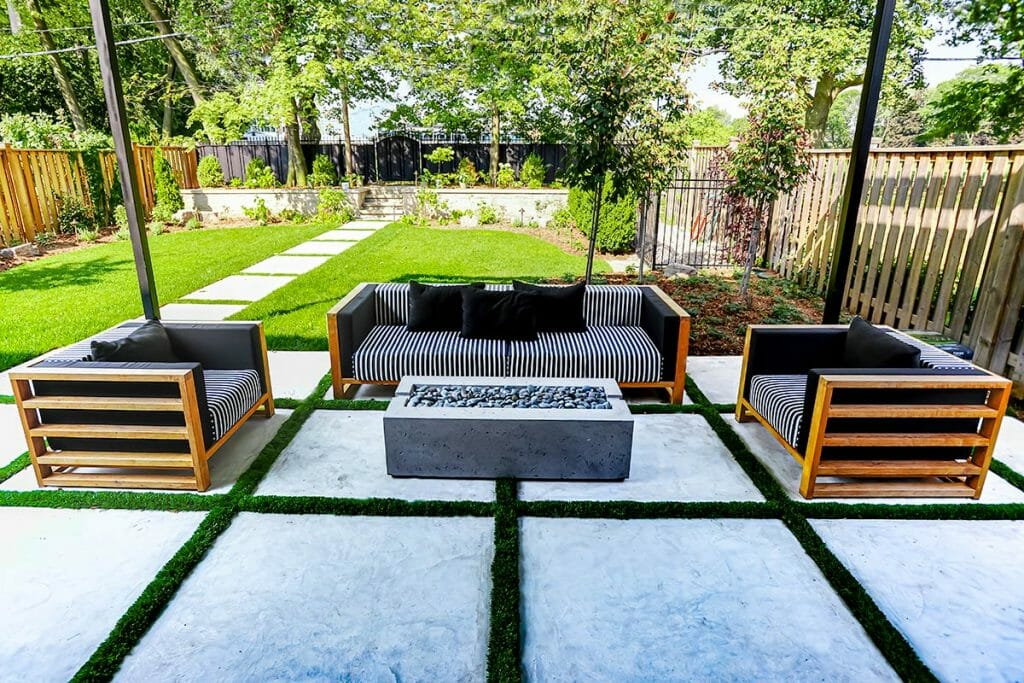 Ridley, Small Toronto Landscape Design Project, by Toronto Landscaping Company by M.E. Contracting.