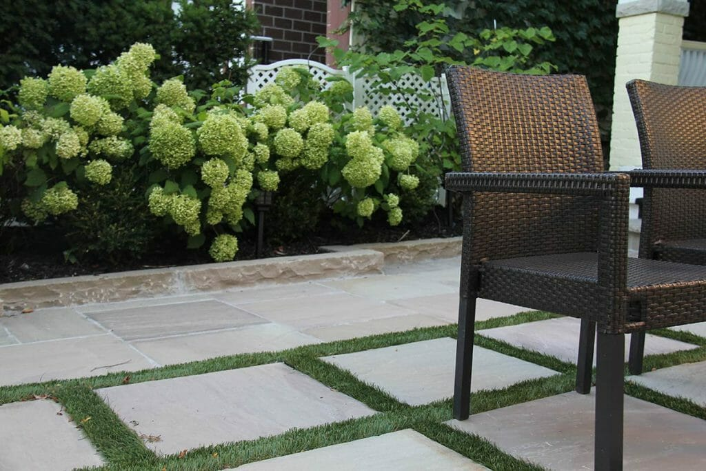Stone Interlocking Project by Toronto Landscaping Company; M.E. Contracting.