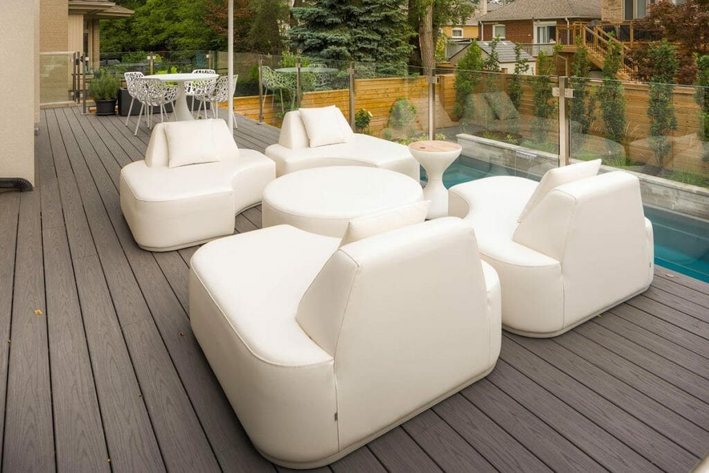 Toronto Landscaping Contractors; TREX Deck Build Project by M.E. Contracting.