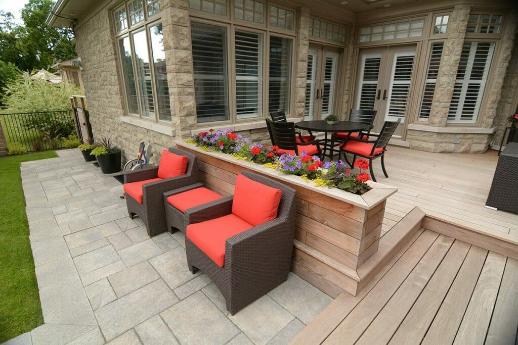 Toronto Decking & Backyard Patio Project; M.E. Contracting.