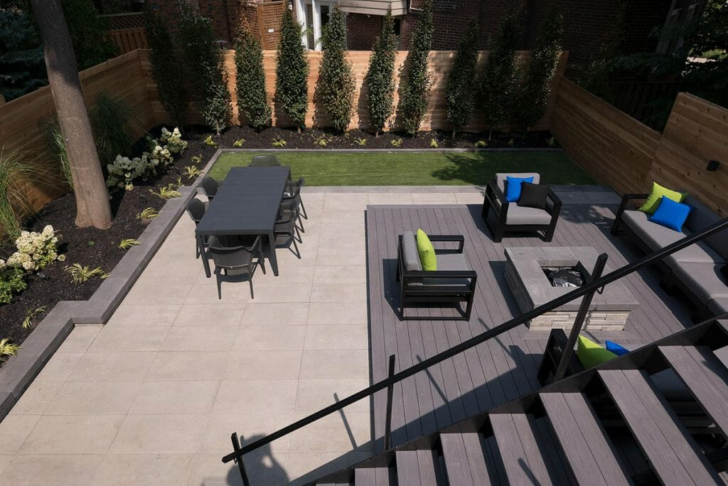 Toronto Landscaping Company; Patio Design Project by M.E. Contracting