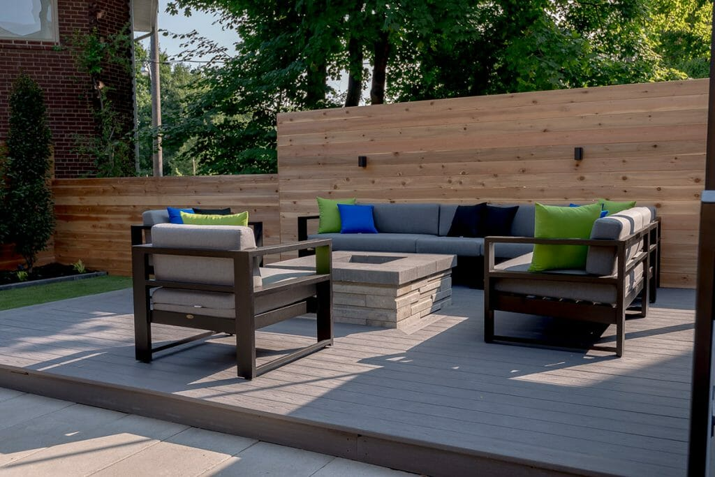 Toronto Landscaping Design Project; Showcasing Patio Design by M.E. Contracting.