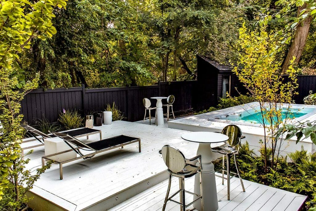 Toronto Landscaping Design Project, Marble Garden by Toronto Landscaping Contractors; M.E. Contracting.