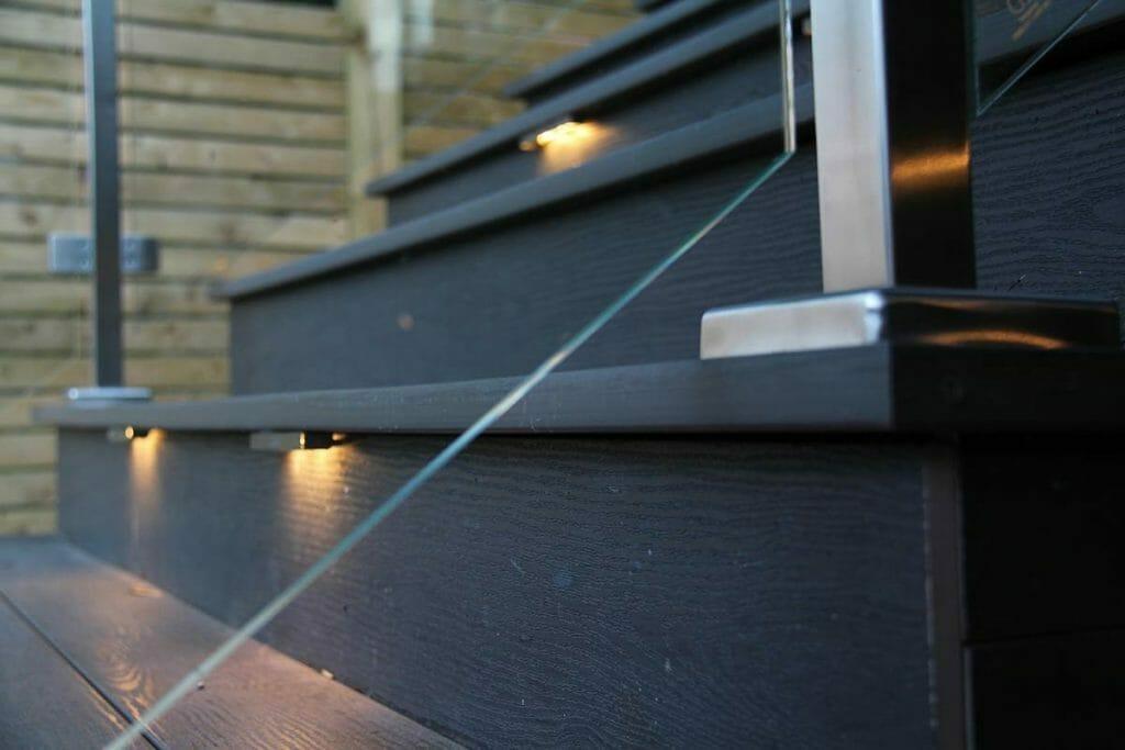 Toronto Landscaping Contractors, Fiberon Decking Project; Featuring Fiberon Deck, Stainless Steel & Glass Railings.